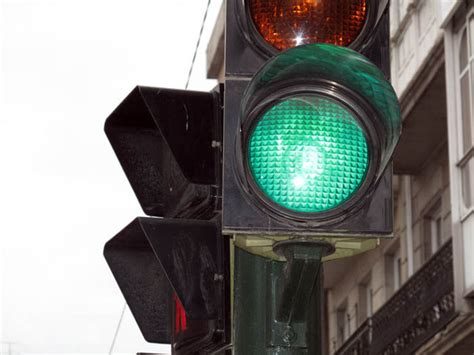 When Was The Traffic Light Installed by New Traffic Lights To Be Installed In 101 Intersections In