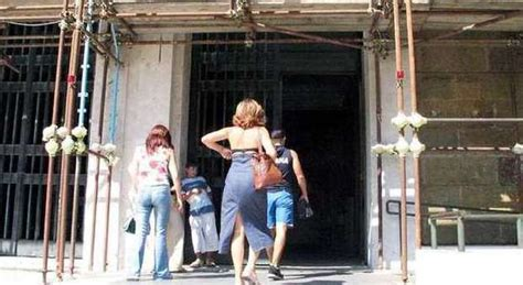 ufficio anagrafe caltagirone anagrafe chiusa per protesta i dipendenti della casa