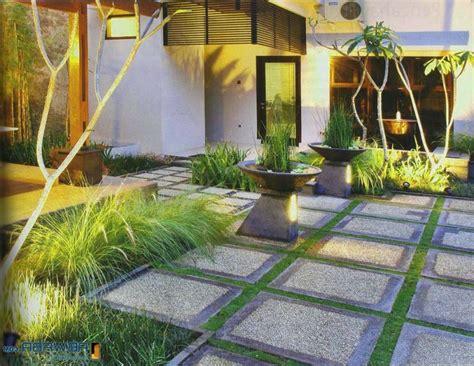 desain halaman rumah terbaru indah  nyaman