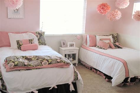 bed pillow ideas trendy bed pillow arrangement ideas hergamut