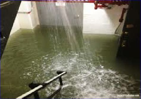 how to clean up a flooded bathroom how to clean a flooded bathroom 28 images floods in