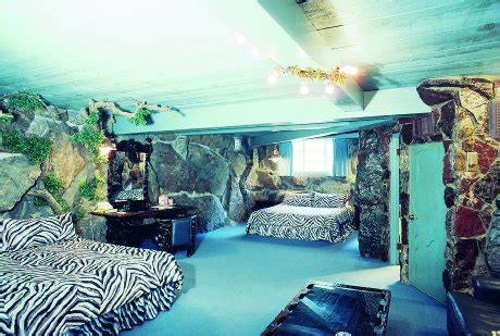 more wacky and wonderful bedrooms from the madonna inn