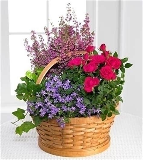 fiori da inviare inviare fiori a bologna composizione fiori inviare