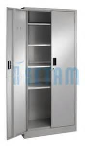 armoire metallique presta armoire porte battante 5 niveaux