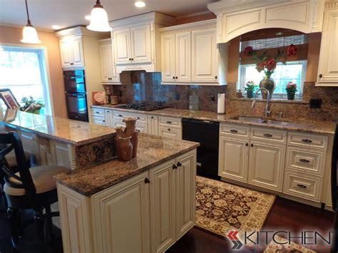 Different Height Kitchen Cabinets by Traditional Kitchen With Staggered Height Kitchen Counter