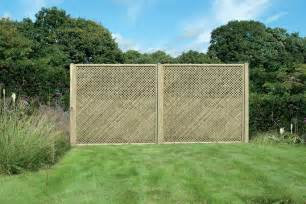 Trellis As A Fence Garden Trellis Fencing Trellis Panels In Deluxe And