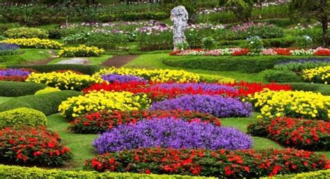Rahasia Taman Bunga Serial Cantik taman bunga nusantara tempat yang romantis gotravelly
