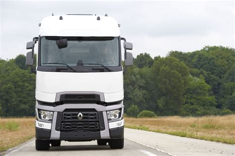 renault trucks t renault trucks corporate press releases the new