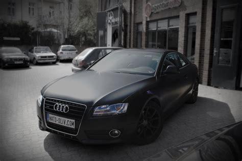 Audi A5 In Schwarz Matt Nato Oliv