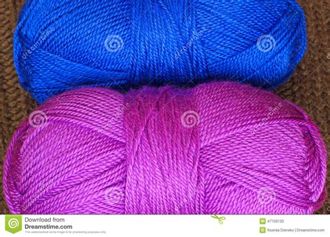 how many skeins of yarn to knit a blanket two skeins of knitting yarn stock photo image 47703133