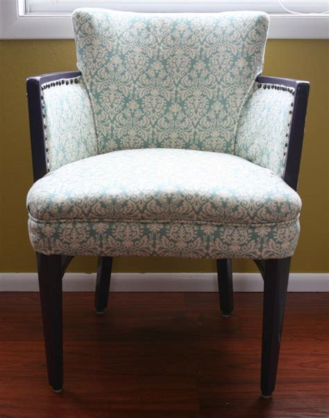 Reupholster Armchair Tutorial by Chair Reupholstering Tutorial Project Ideas