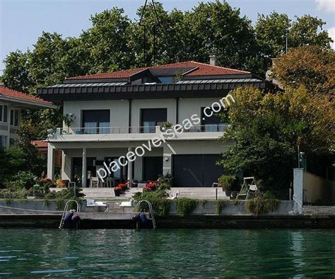 8 Bedroom House For Sale istanbul bosphorus yali for sale 8 bedrooms
