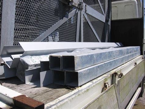 galvanised box section steel galvanised box section 100 x 100 x 3 mtrs 4mil thick for