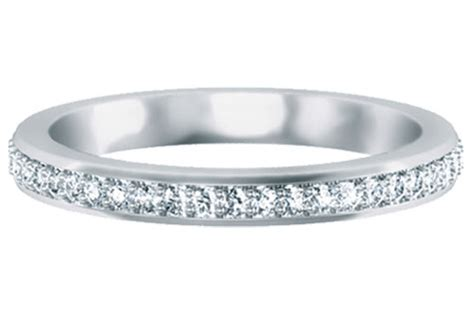 wedding rings the symbol of two hearts joined