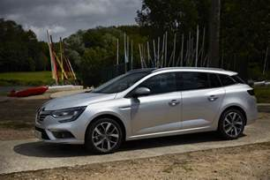 Renault Megane Estate 2017 Renault Megane Estate Launched Photos And