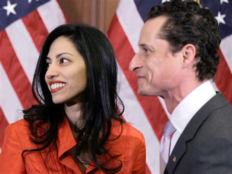 anthony weiner wife repentant anthony weiner considers run for new york mayor