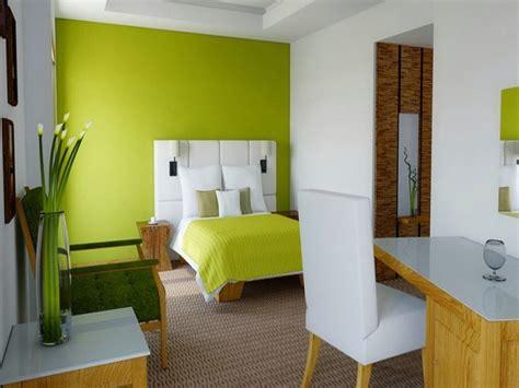 desain warna cat dinding kamar kamar tidur dengan kombinasi cat warna hijau yang mantabz