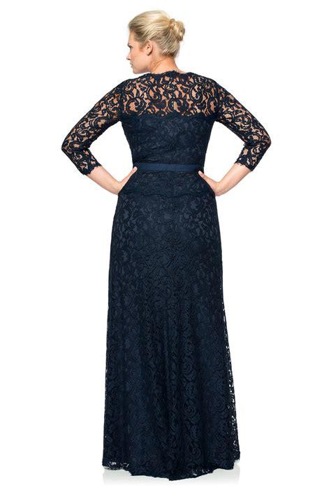Lq 0882 Hem One List lace boatneck 190 sleeve gown with grosgrain ribbon belt