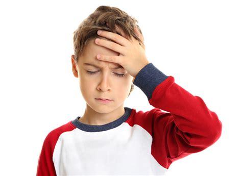 reflusso e mal di testa mal di testa nei bambini i 10 falsi miti da sfatare