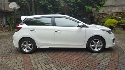 Jual Toyota Yaris S Trd At 2014 toyota yaris trd sportivo 2014 at low km mobilbekas