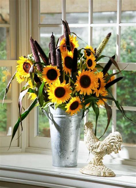 sunflowers decorations home 672 best home decor images on pinterest sunflowers