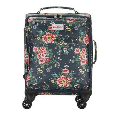 cabin size 1000 ideas about cabin size suitcase on cabin