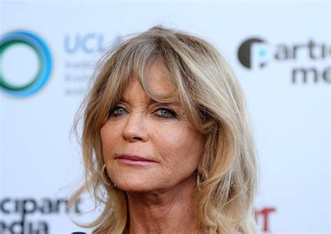 Simple Goldy photos goldie hawn credits juicing and a simple diet to health at 70 wsyx