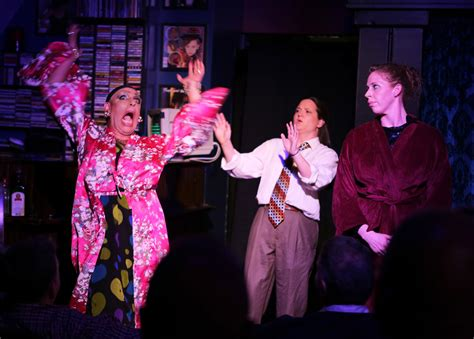 Elizabeth Helen No 05 Lipstick theater review miracle hell in a handbag productions at