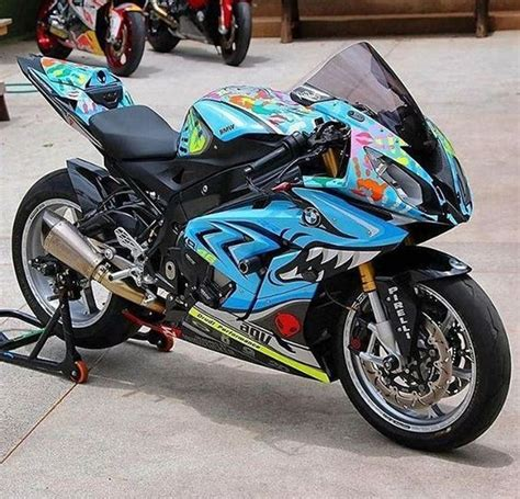 Bmw Motorrad Jobs by 1000 Ideas About Motorcycle Paint Jobs On Pinterest
