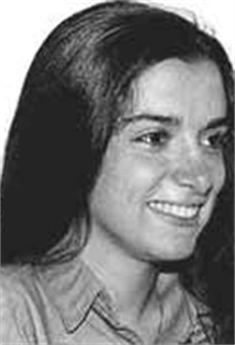 Paula Frías Allende, * 1963 | Geneall.net