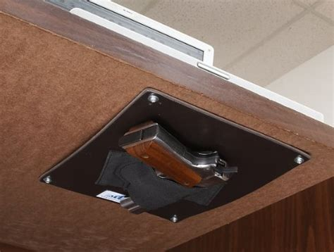 Desk Gun Safe by Best Nightstand Gun Safes Bedside Gun Safe Reviews