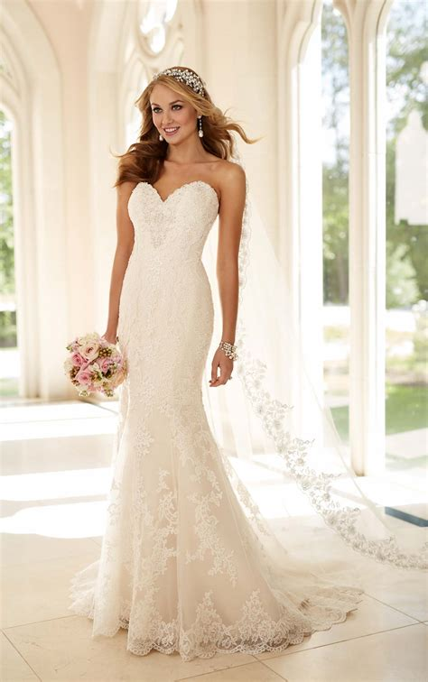 fit and flare strapless wedding dress i stella york