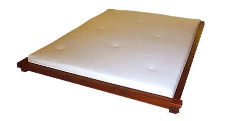 futonbett niedrig futon bett zen futon bettgeschichten