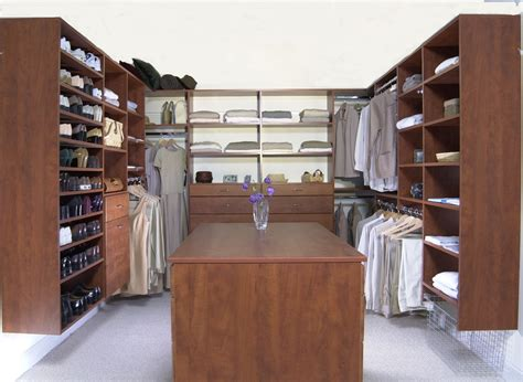 Walkin Wardrobe by Custom Closets