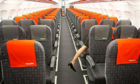 interno aereo easyjet stelios attacks easyjet s airbus decision business the