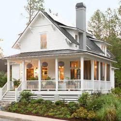 Houses With Big Porches Close To A Perfect Home Big Porch Lots Of Windows