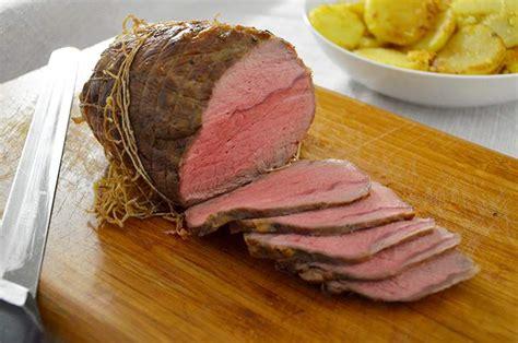 cucinare l arrosto di vitello arrosto di vitello la ricetta della cucina imperfetta