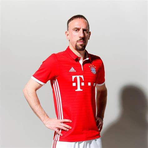 Jersey Bayern Munchen Home Go New Season 2017 18 Grade Ori bayern m 252 nchen 16 17 home kit released footy headlines