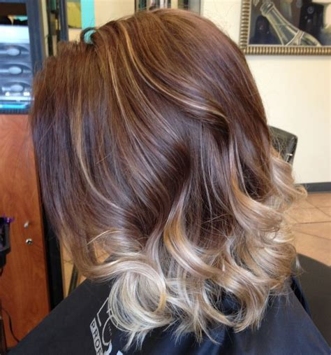 pinterest medium hairstyles with highlights balayage highlights short hair best hairstyles 2017