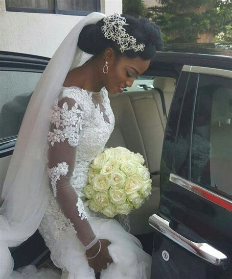 5 interesting wedding hairstyles with puff black women 5 interesting wedding hairstyles with tiara at the back