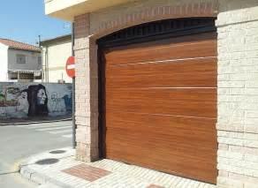 puertas garajes automaticas 191 por qu 233 automatizar la puerta de garaje m 250 ltiples