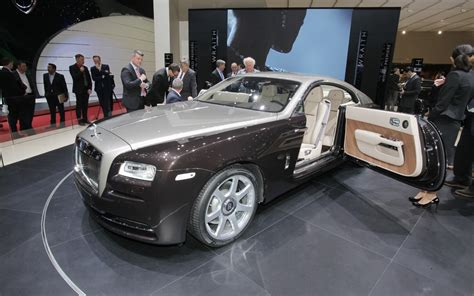bentley wraith roof first look 2014 rolls royce wraith automobile magazine