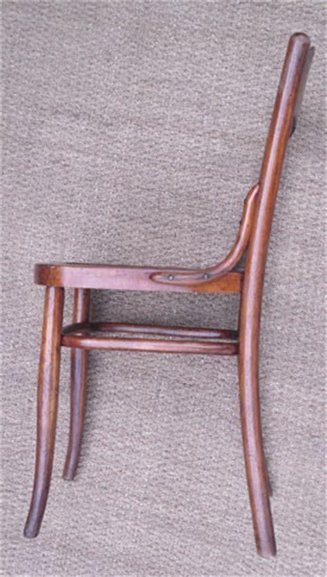 chaise kohn cinq chaises k 246 hn anciennes fabriqu 233 es en autriche
