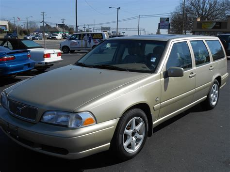 volvo wagon 1999 1999 volvo v70 pictures cargurus