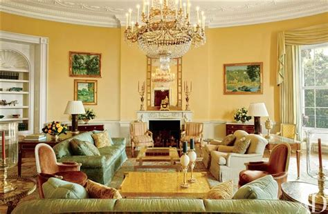 whitehouse interiors see the stylish private white house rooms the obamas call