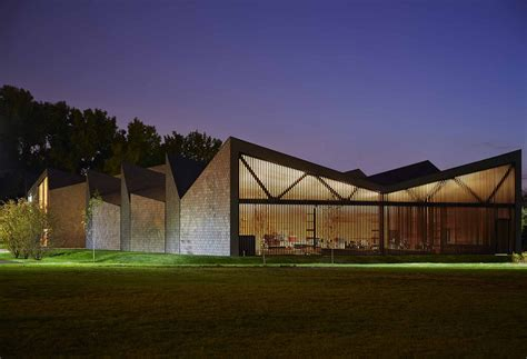 boathouse architecture studio gang wms boathouse at clark park wins 2016 aia