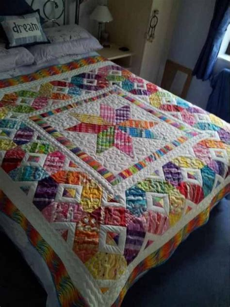 Happy In Quilting by Izy S Scrap Happy Quilt Pattern Quilting Digest