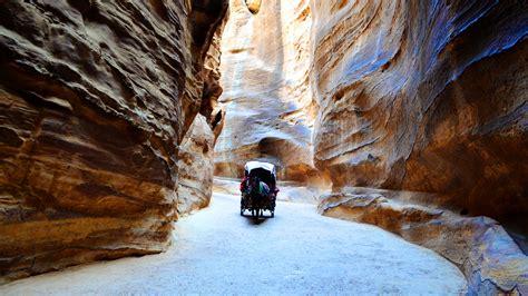 wallpaper jordan petra rocks horse  nature