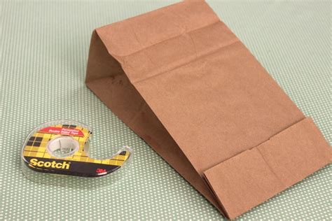 Paper Bag Fold - how to make diy popcorn goody bags for the