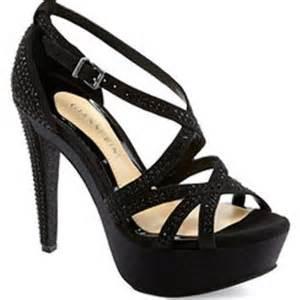 dillards shoes womens sandals womens flat heel sandals from dillard s